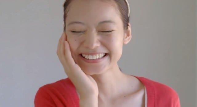 花王 ビオレ スキンケア洗顔料CM 「キメまですっぴんキレイ!」篇