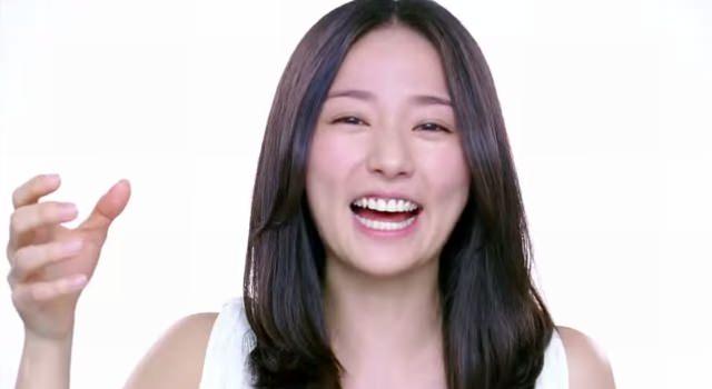 あまりにかわいい笑顔がTwitterで話題に♡