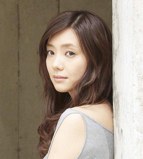p862-kana-kurashina