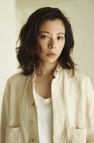 ゆるいパーマが素敵な桜井ユキ